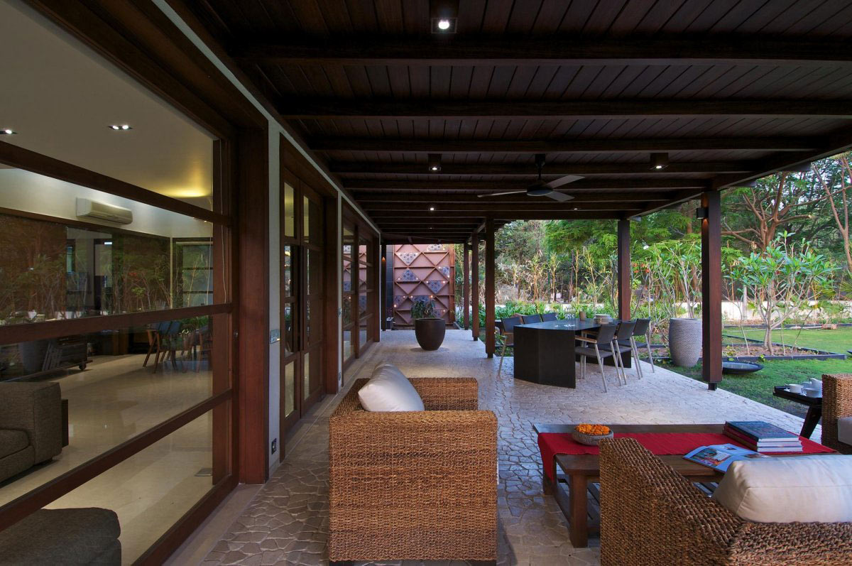 Patio Doors, Terrace, Courtyard House by Hiren Patel Architects