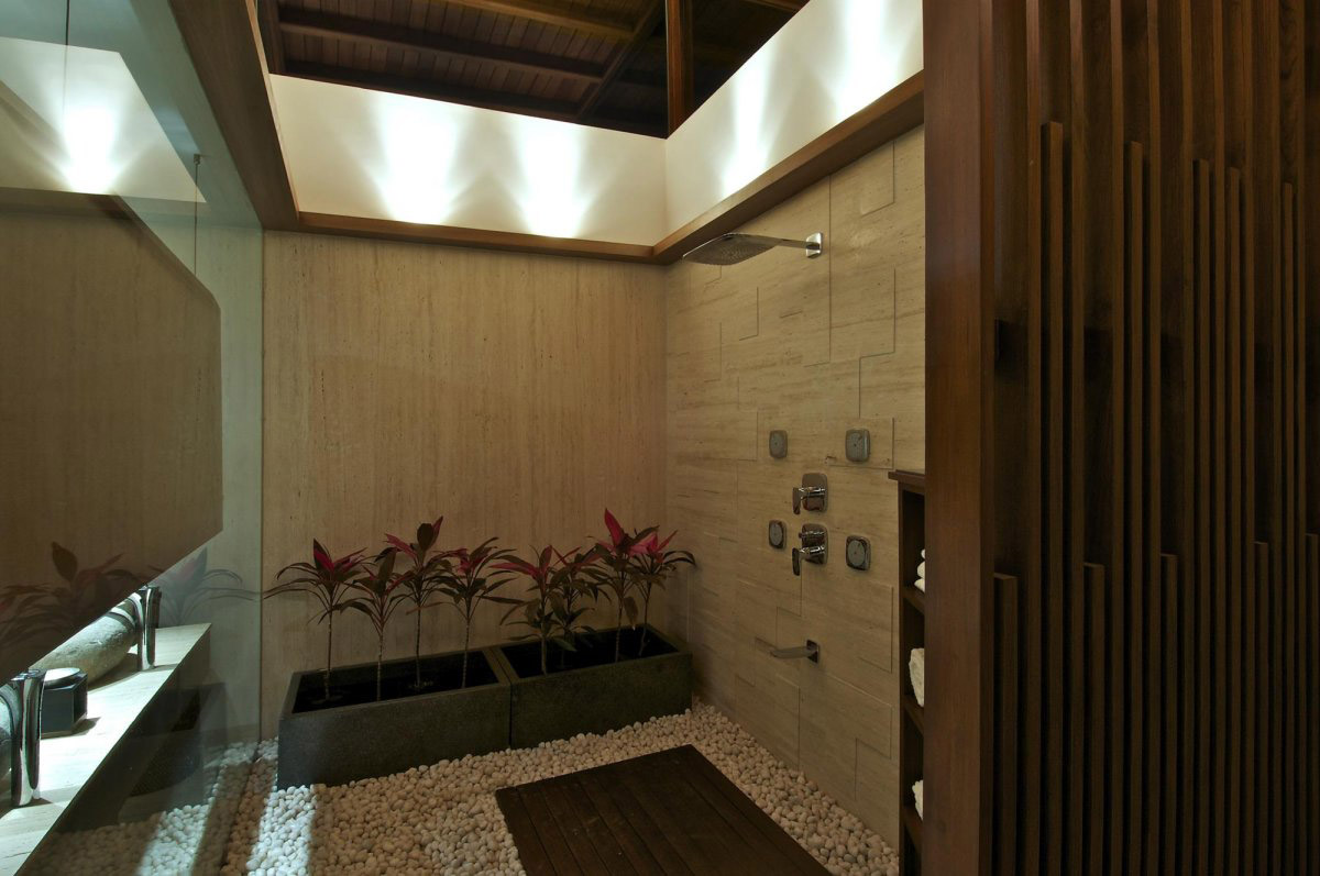 Shower Room, Courtyard House by Hiren Patel Architects
