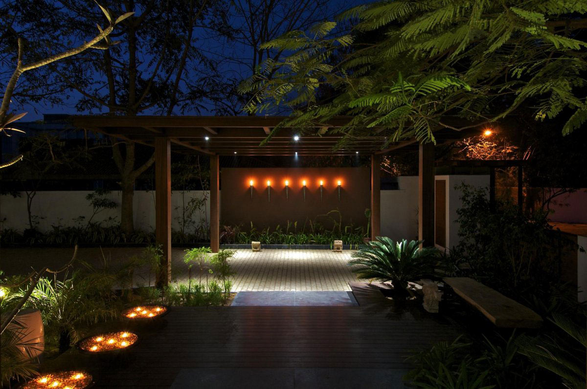 Terrace, Lighting, Courtyard House by Hiren Patel Architects