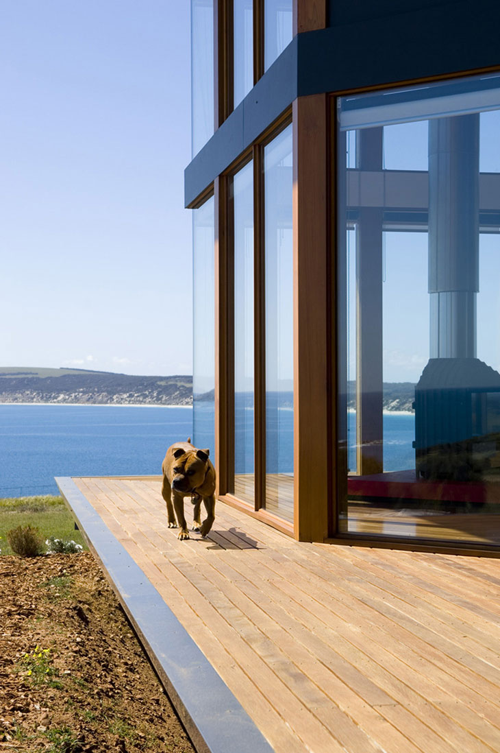 Terrace, Glass Walls, Holiday Home with Floating 'Lid' Roof in Emu Bay, Australia