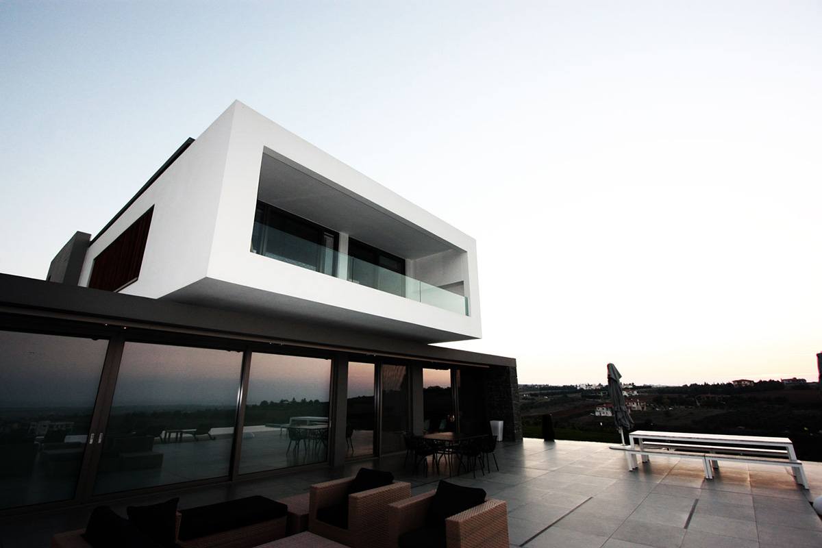 Outdoor Living, Hilltop Home in Thessaloniki, Greece by Office 25 Architects