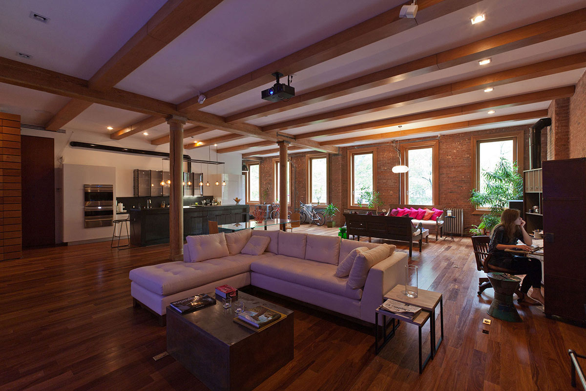 extraordinary new york loft living room | Loft in NOHO, New York City by JENDRETZKI