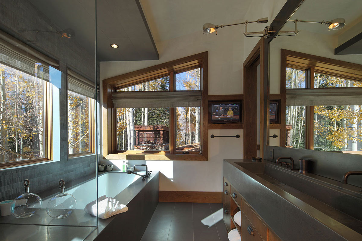 Bathroom, Modern Log Cabin in Telluride Colorado