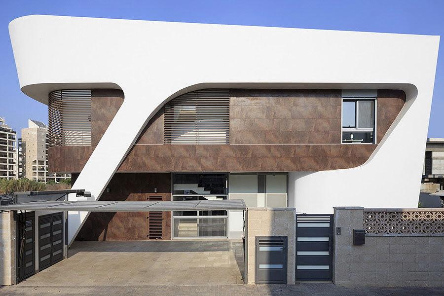 Entrance, Intriguing Contemporary Villa in Ashdod, Israel