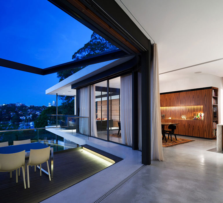Balcony, Outdoor Dining, River House in Sydney, Australia