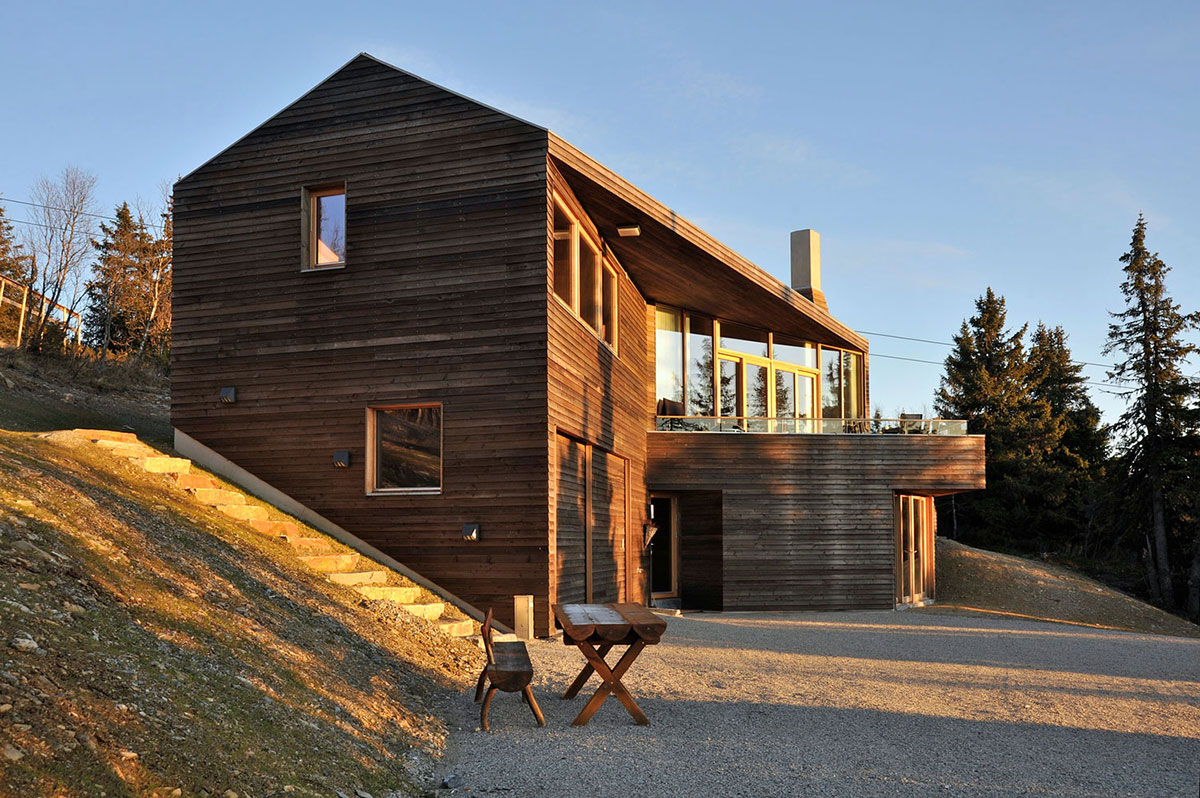 Balcony, Ski Home in Kvitfjell, Norway: Twisted Cabin