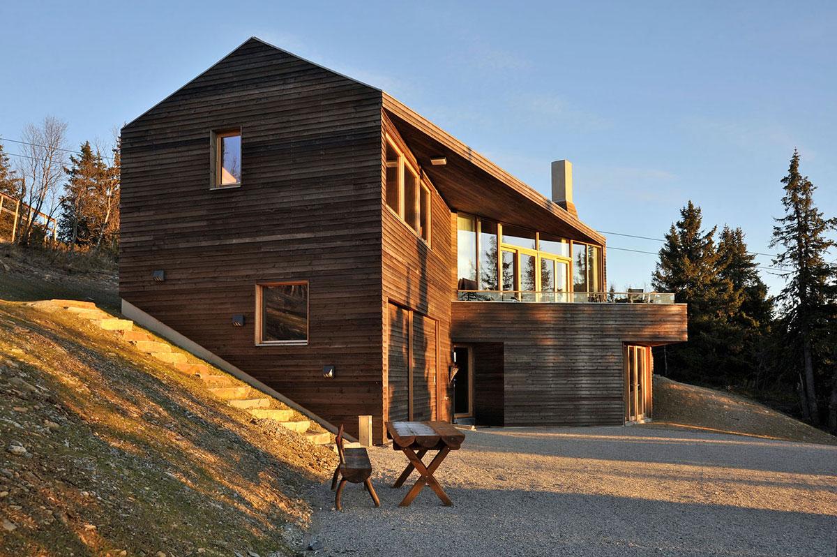 Balcony, Ski Home in Kvitfjell, Norway: Twisted Cabin