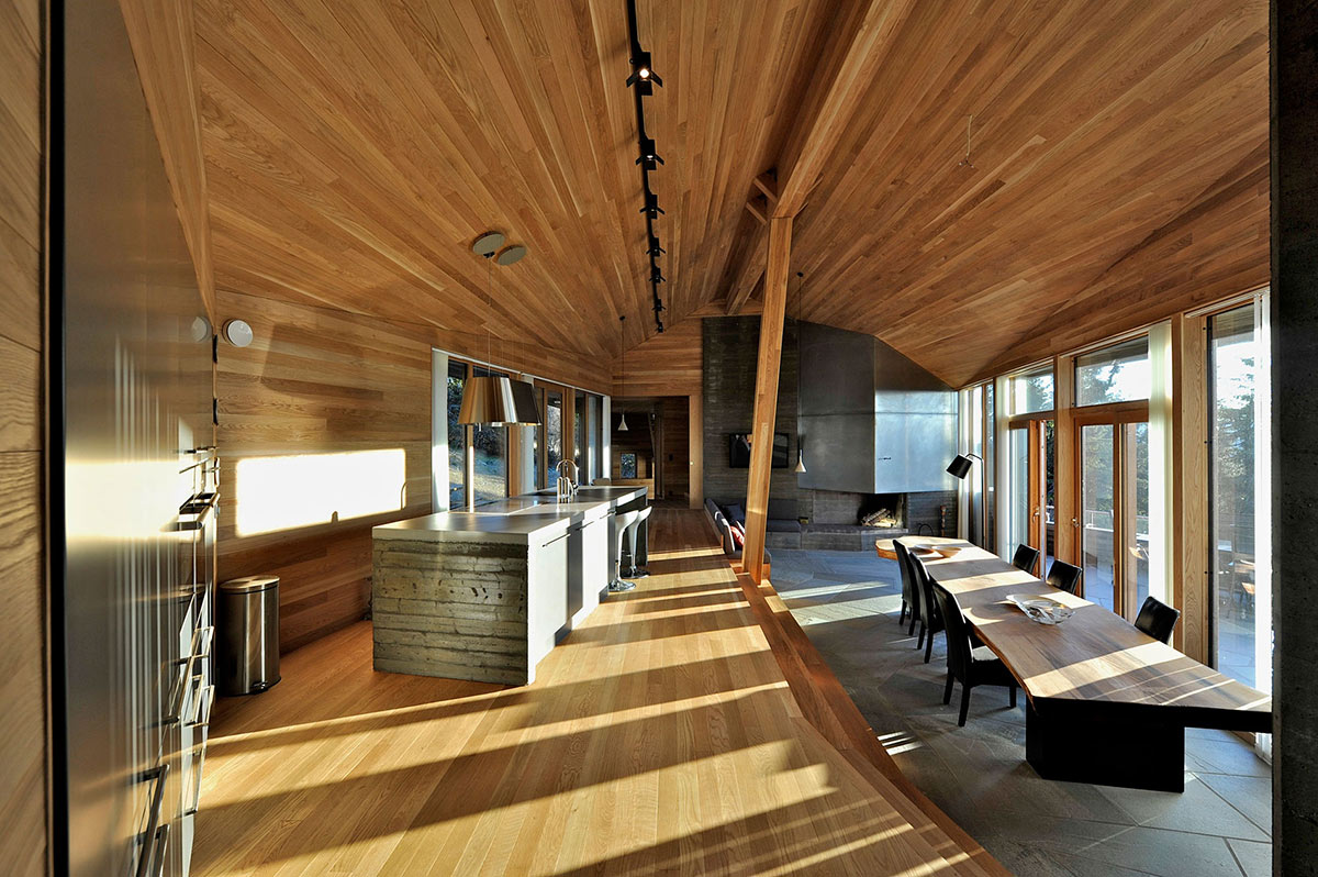 Kitchen, Dining, Living Space, Ski Home in Kvitfjell, Norway: Twisted Cabin