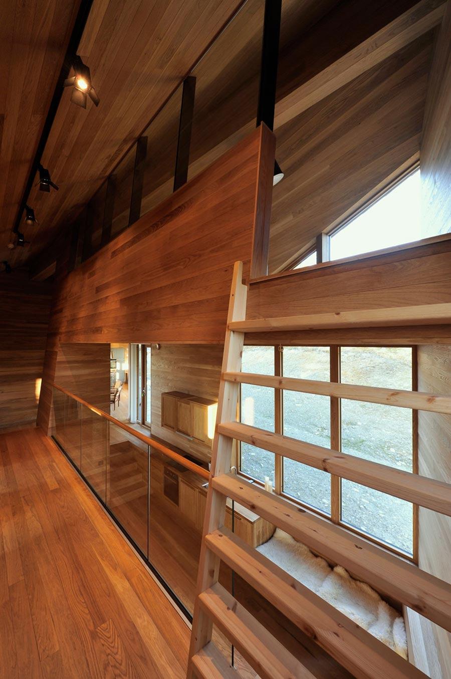 Oak Interior, Ski Home in Kvitfjell, Norway: Twisted Cabin