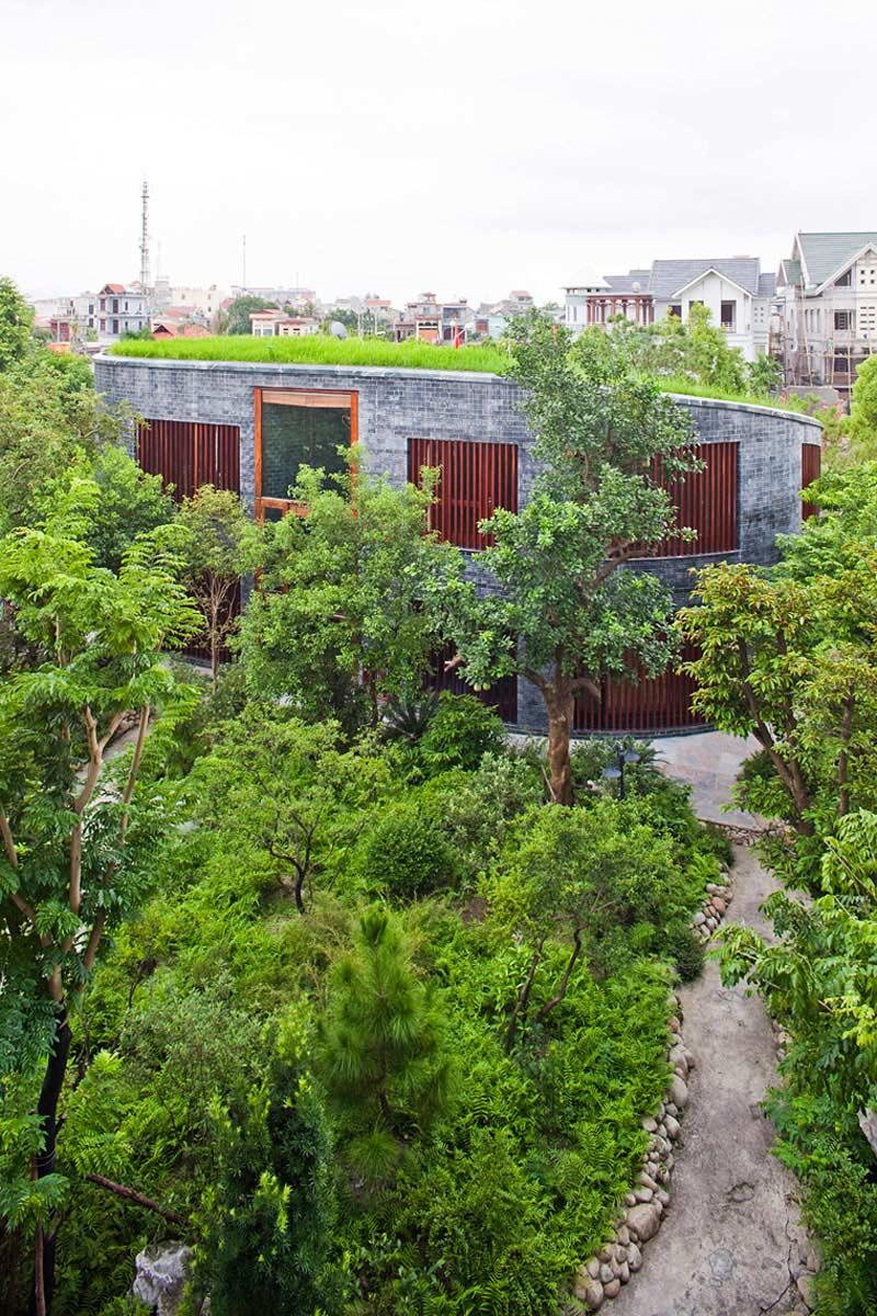 Garden, Stone House in Dong Trieu, Vietnam