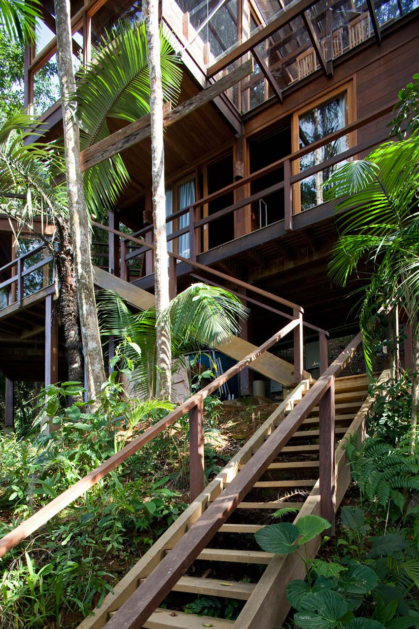 Stairs, Outstanding Sustainable Home in Praia do Felix, Brazil
