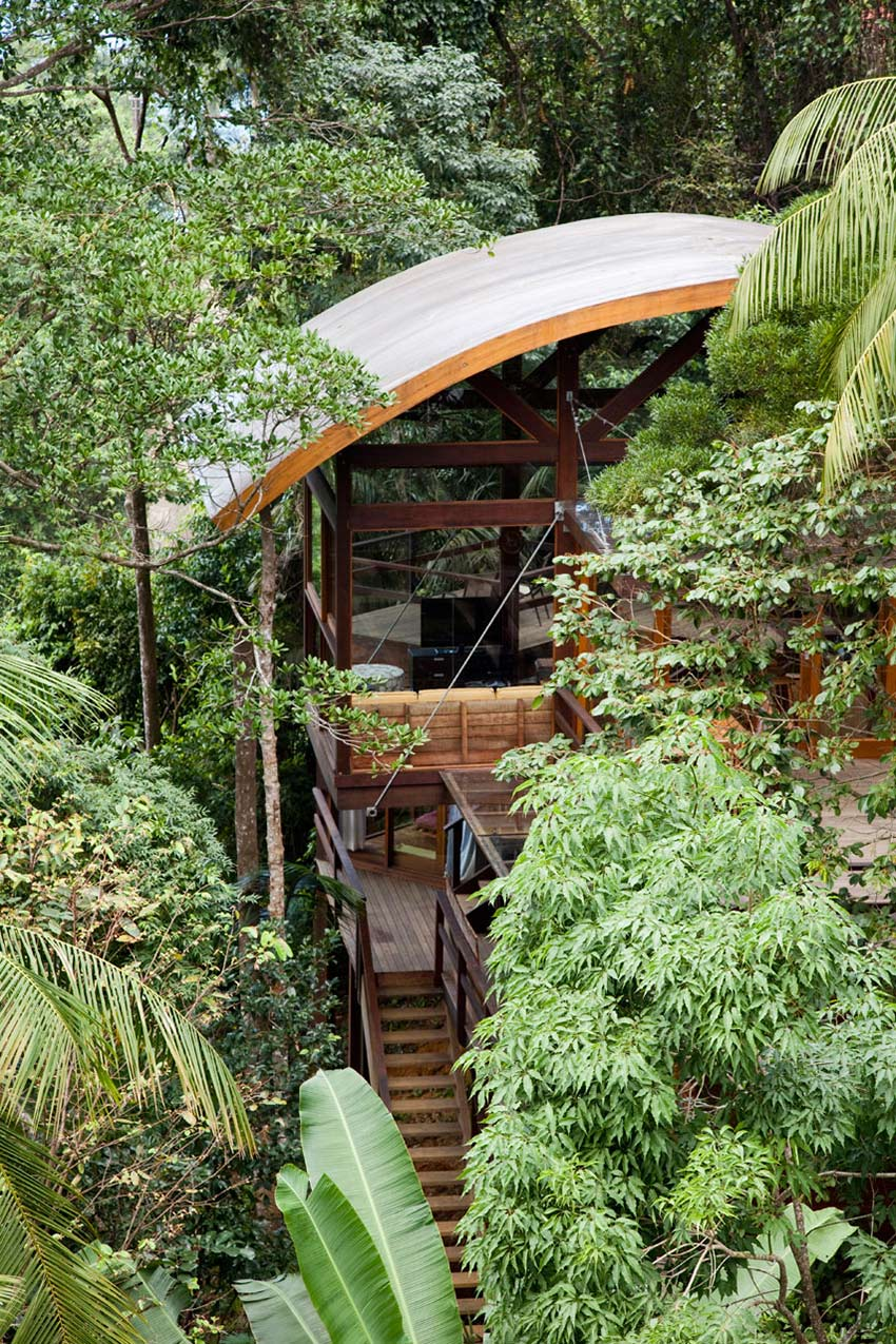 Outstanding Sustainable Home in Praia do Felix, Brazil