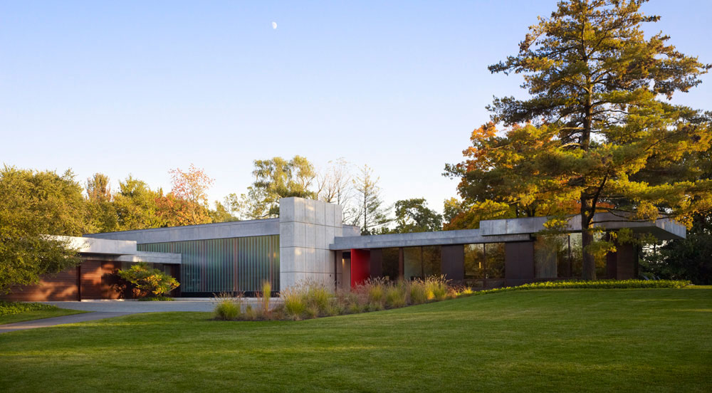 Weekend Residence in Illinois, USA