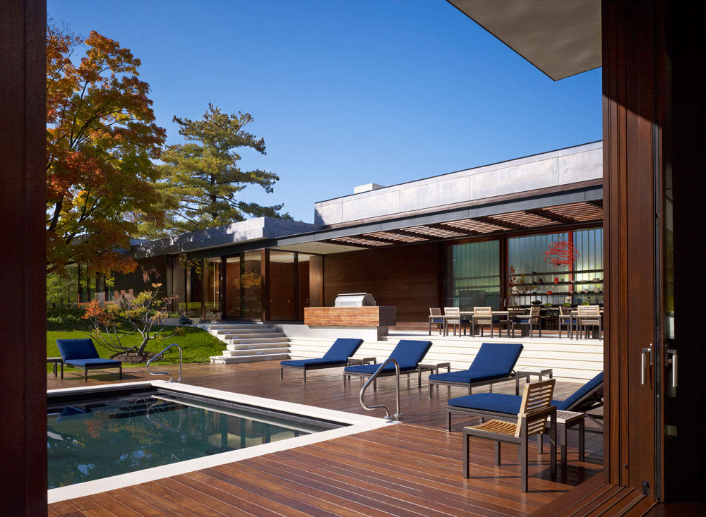 Wood Decking, Pool, Weekend Residence in Illinois, USA