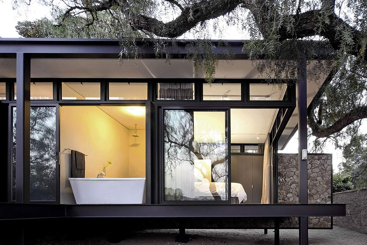 Bathroom, Patio Doors, Compact Contemporary Home in Johannesburg, South Africa
