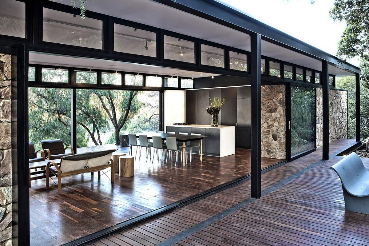 Open Plan, Compact Contemporary Home in Johannesburg, South Africa