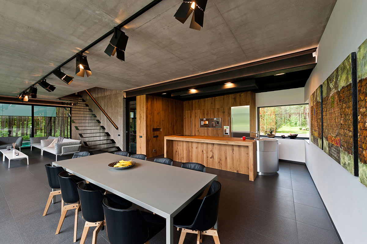Dining Space, House in the Woods of Kaunas, Lithuania
