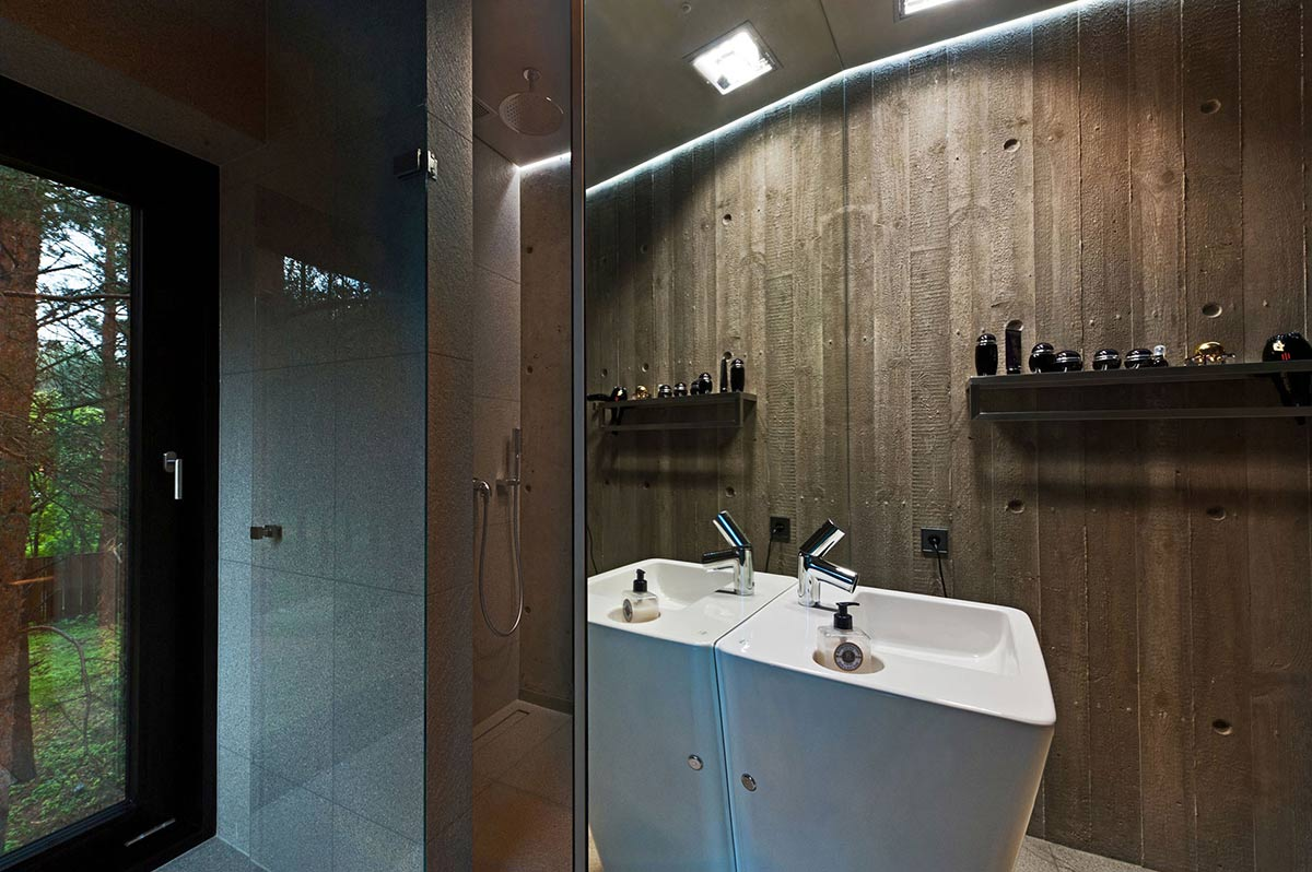 Shower, Bathroom, House in the Woods of Kaunas, Lithuania