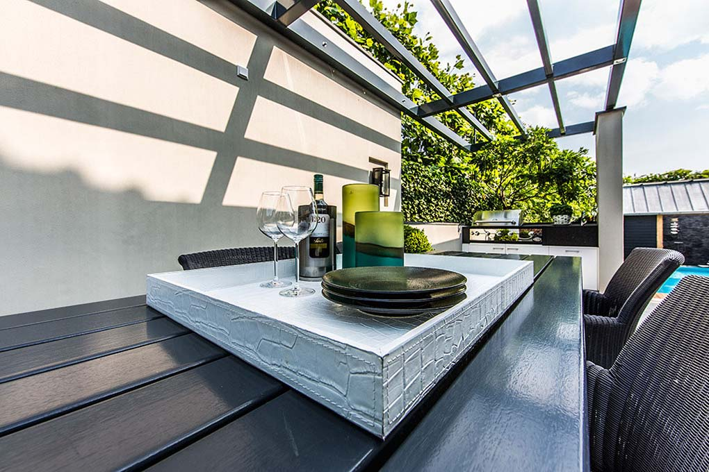 Outdoor Dining Table, Aquatic Backyard in The Netherlands by Centric Design Group