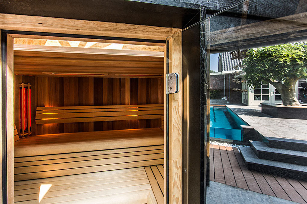 Sauna, Aquatic Backyard in The Netherlands by Centric Design Group
