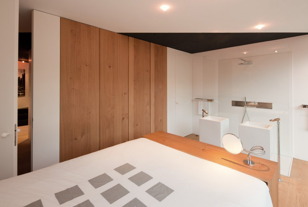 Bedroom, Bathroom, Black on White House in Wenzenbach, Germany by Fabi Architekten