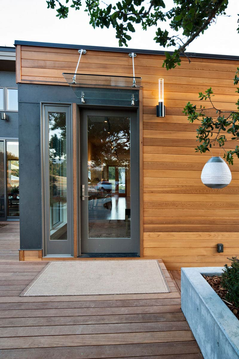 Front Door, The Breezehouse in Healdsburg, California by Blu Homes