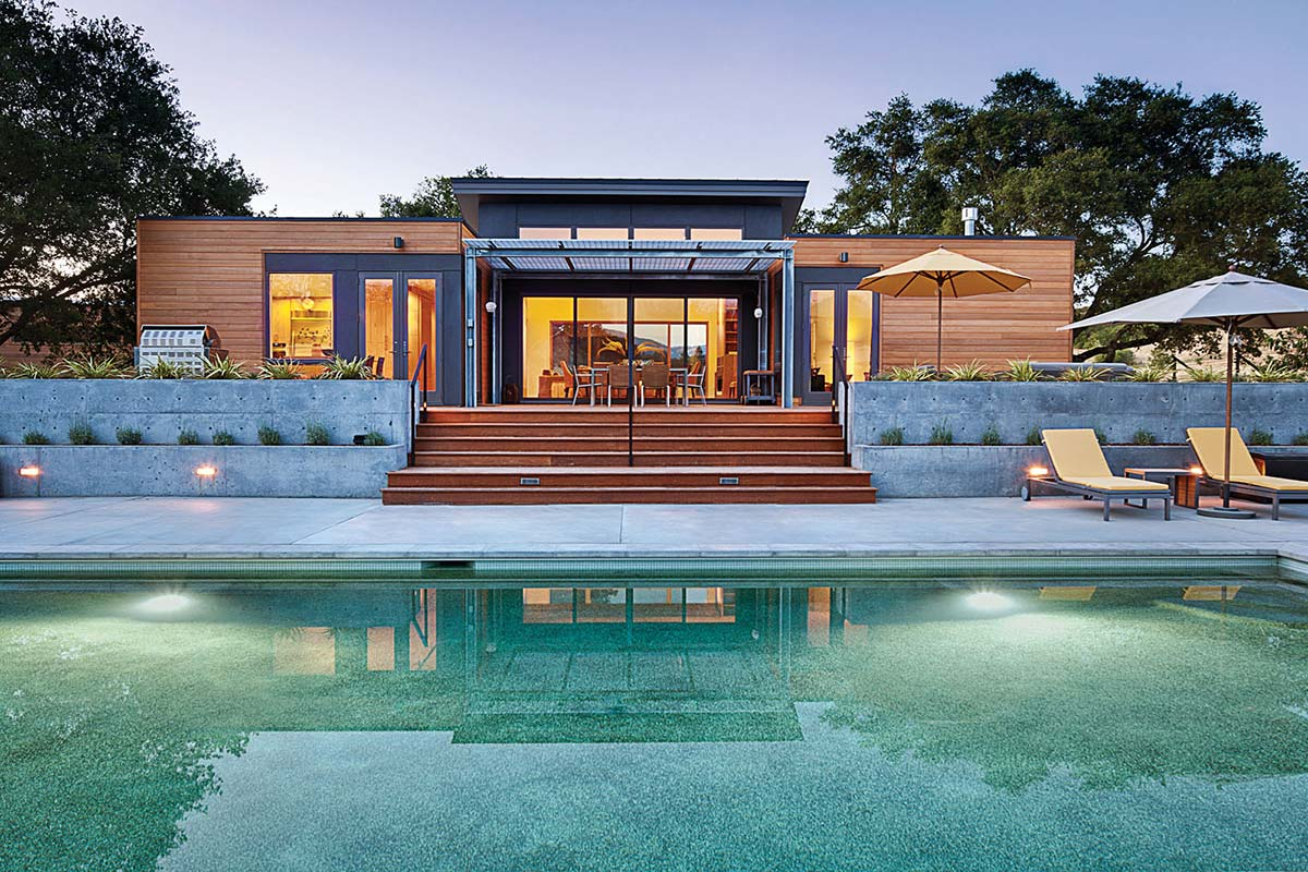 Swimming Pool, Terrace, The Breezehouse in Healdsburg, California by Blu Homes