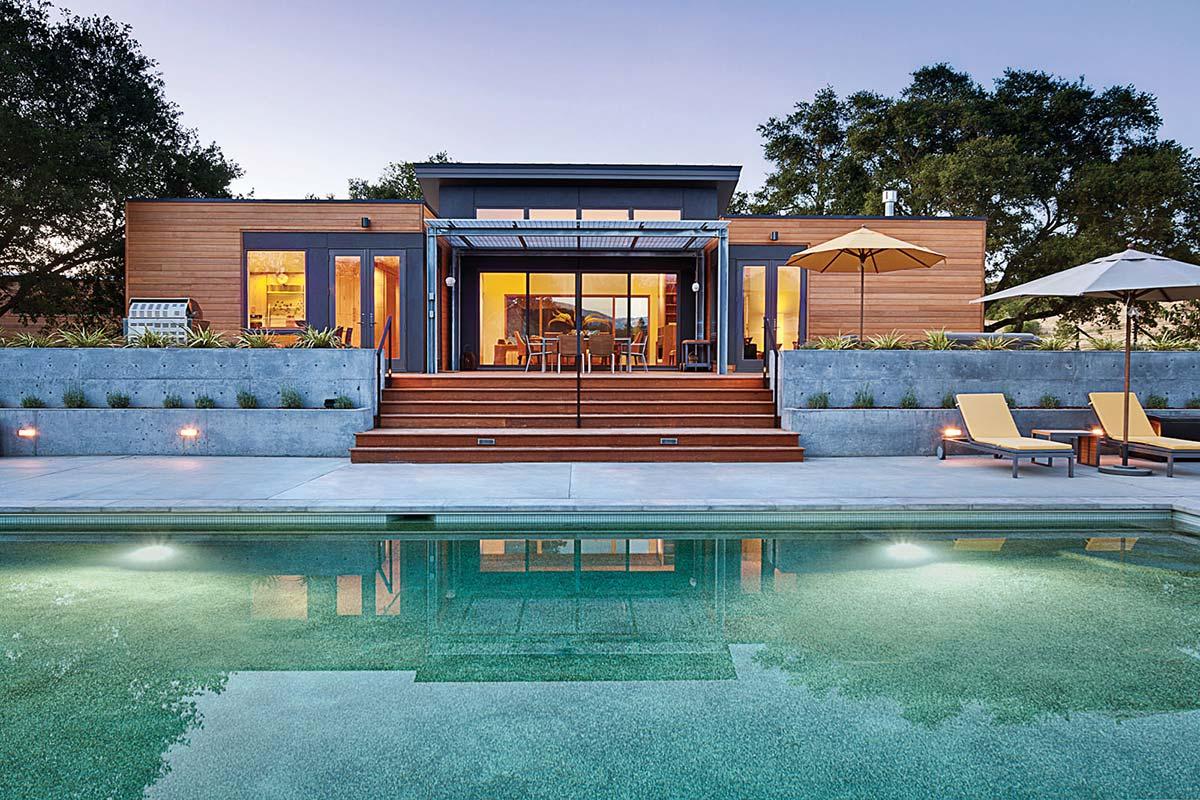The Breezehouse in Healdsburg, California by Blu Homes