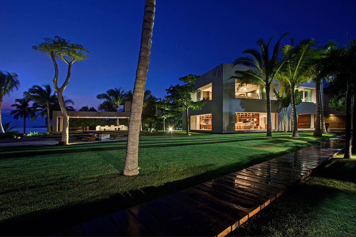 Evening, Lighting, Casa La Punta in Punta Mita, Mexico by Elías Rizo Arquitectos