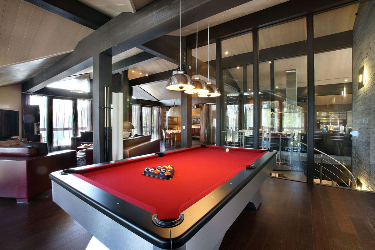 Red Cloth Pool Table, Living Space, Chalet E in Courchevel 1850, France