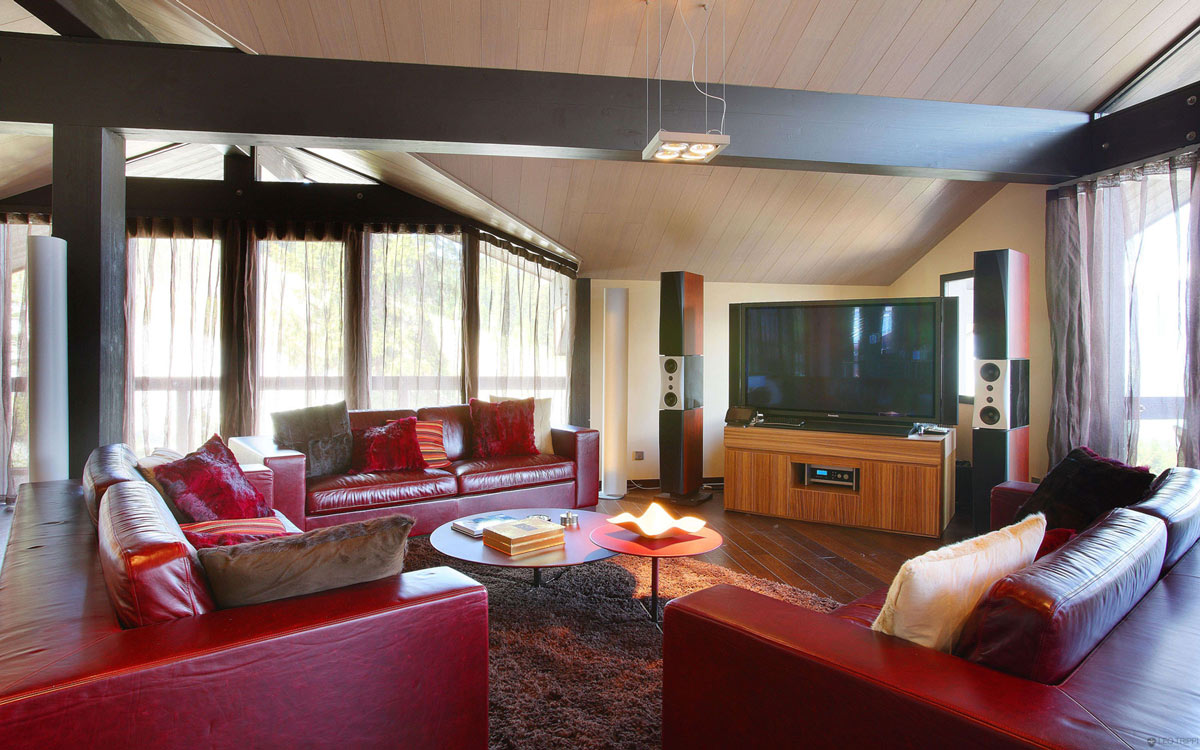 Red Sofas, Living Space, Chalet E in Courchevel 1850, France