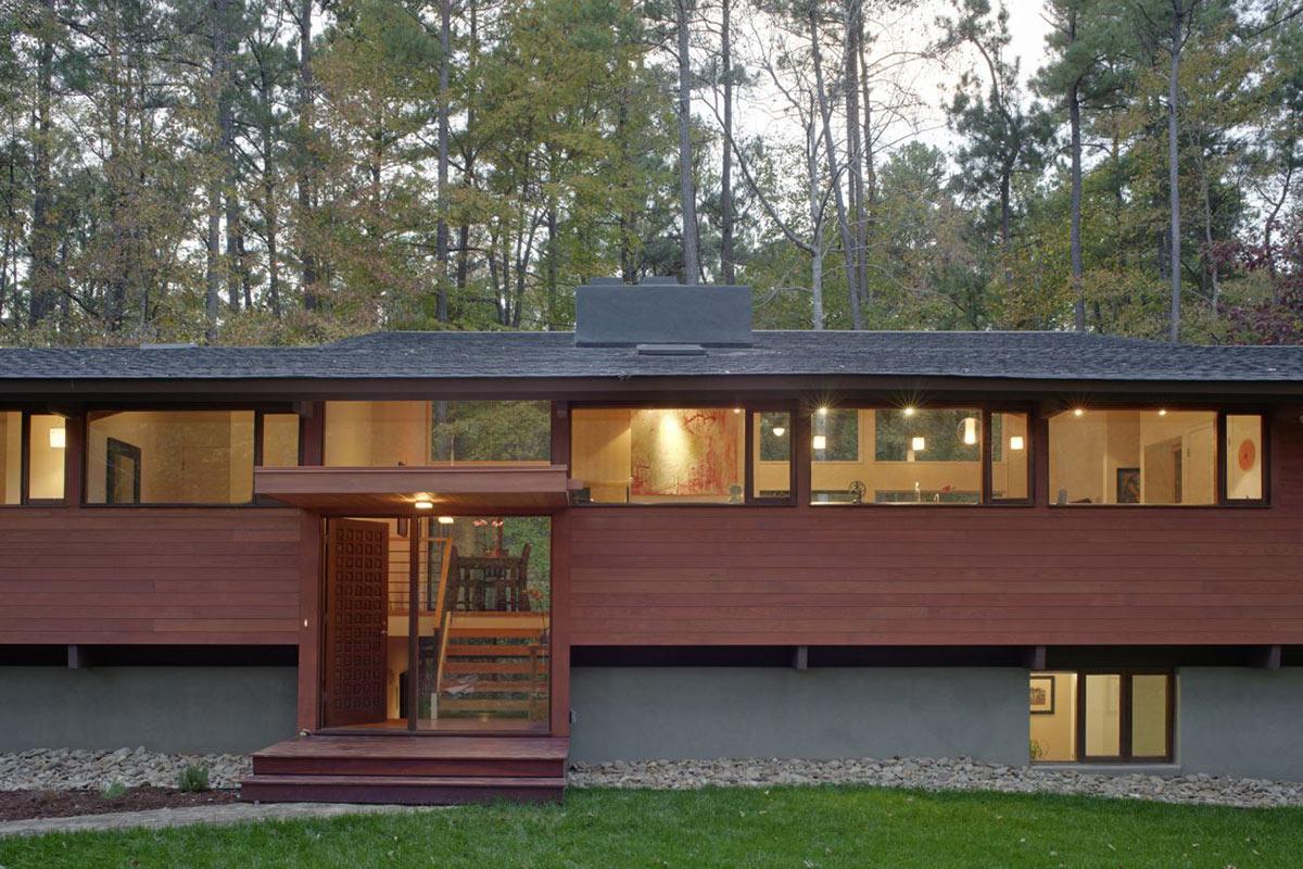Entrance, Deck House Renovation in Chapel Hill, North Carolina