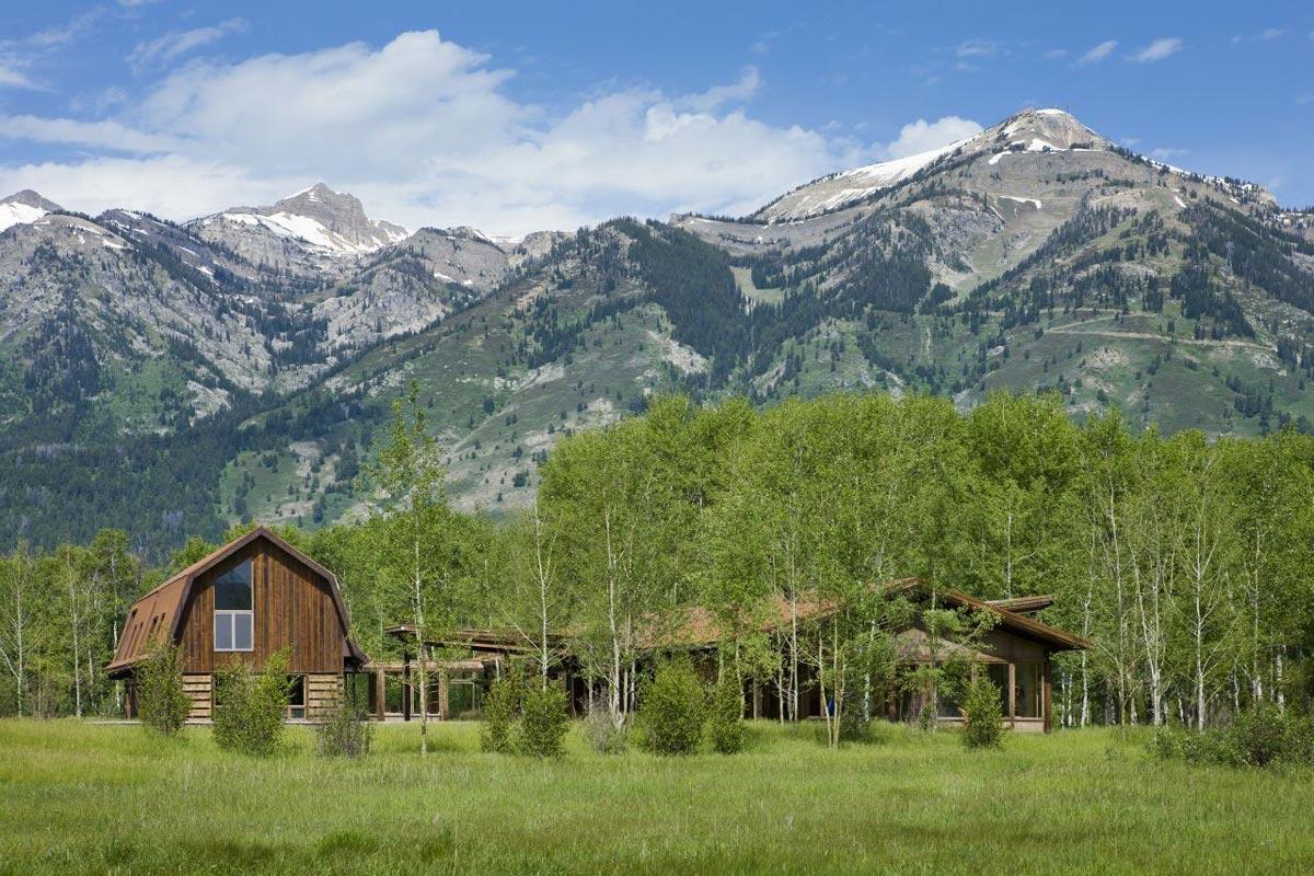 EHA Family Trust Residence in Wilson, Wyoming