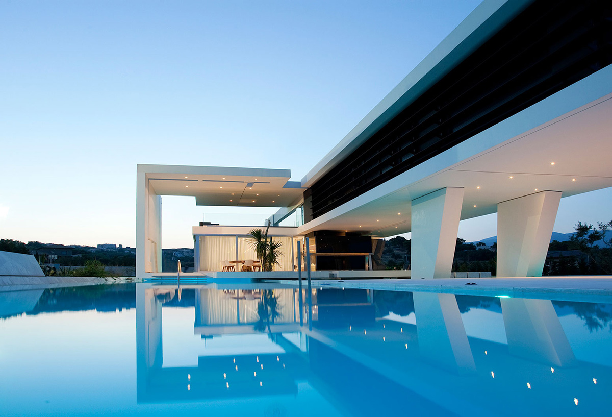 Outdoor Pool, H3 House in Athens, Greece by 314 Architecture Studio