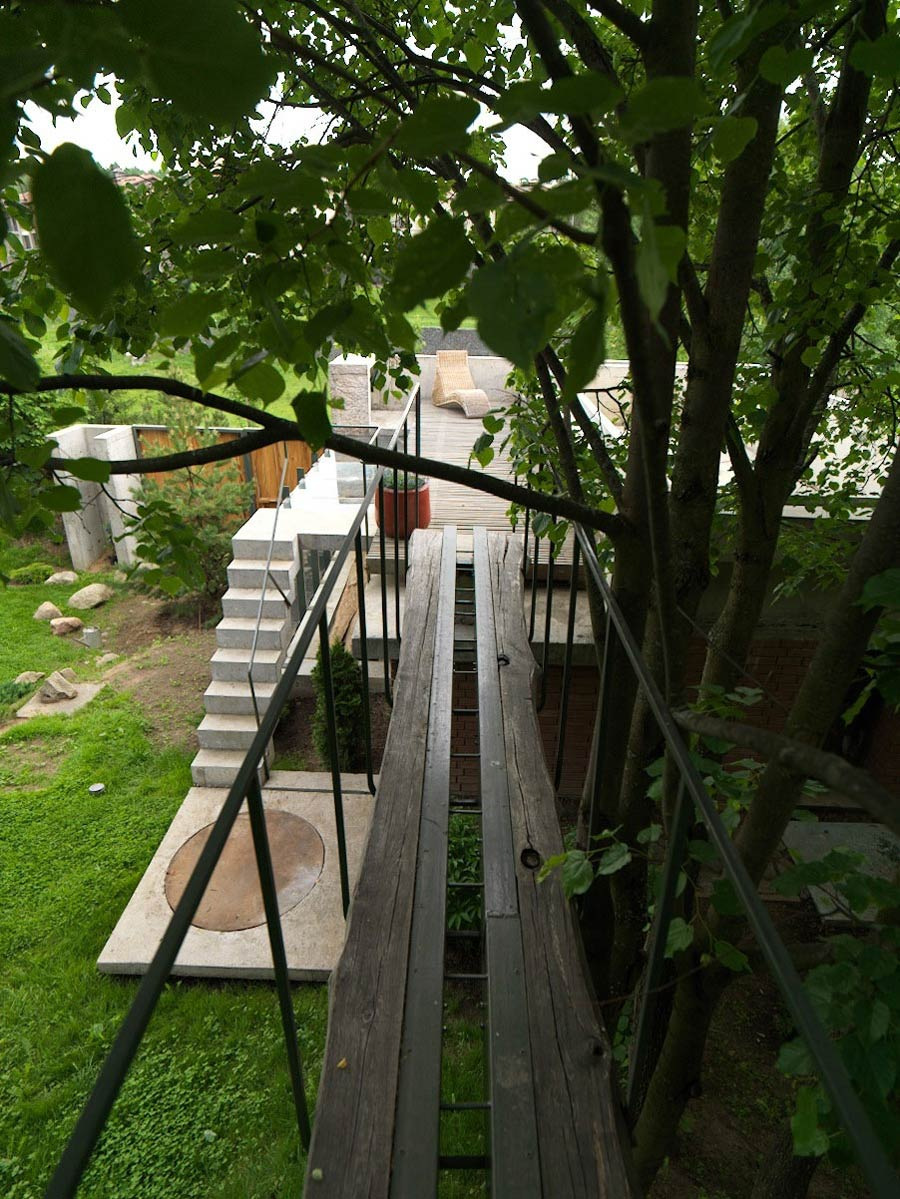 Garden Bridge, House of Poshvykinyh Architects Near Moscow