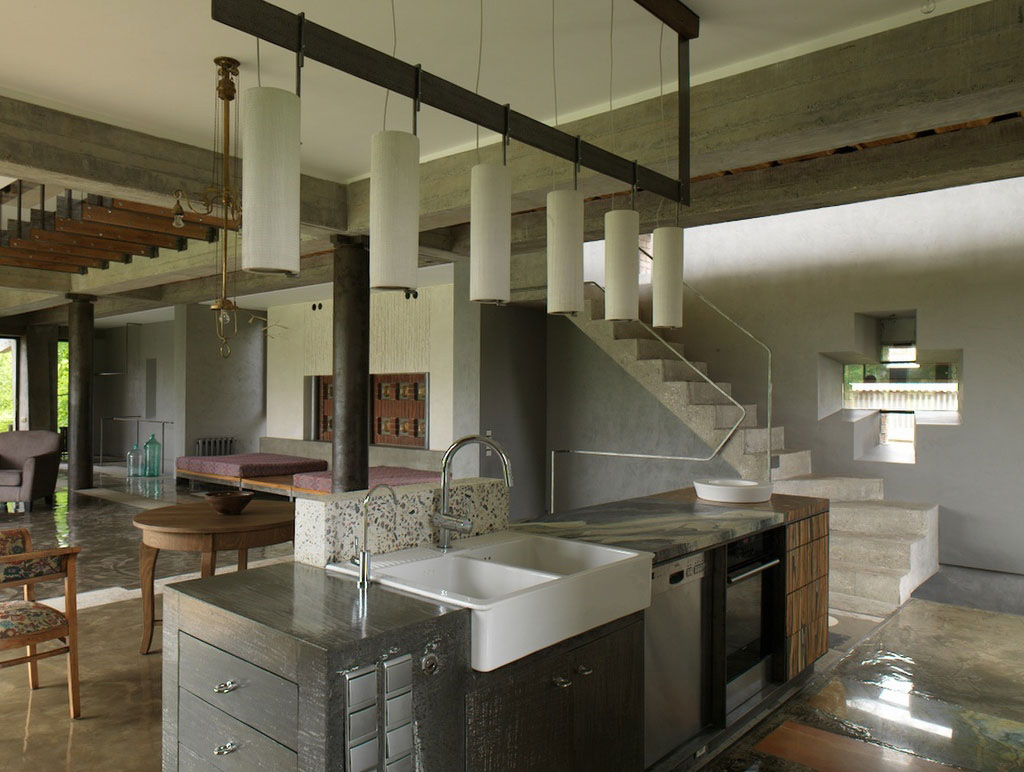 Kitchen Island, House of Poshvykinyh Architects Near Moscow