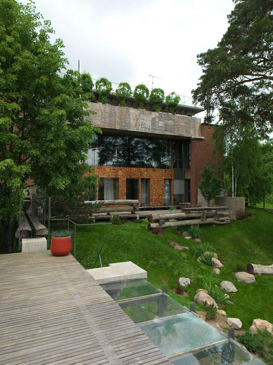 Terrace, House of Poshvykinyh Architects Near Moscow