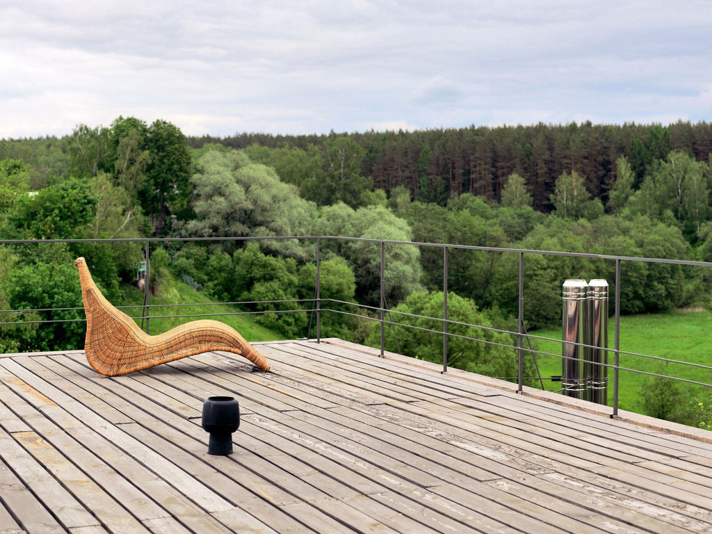 Wooden Terrace, House of Poshvykinyh Architects Near Moscow