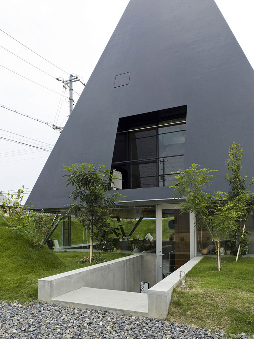 Entrance, Glass Door, House in Saijo, Japan by Suppose Design Office