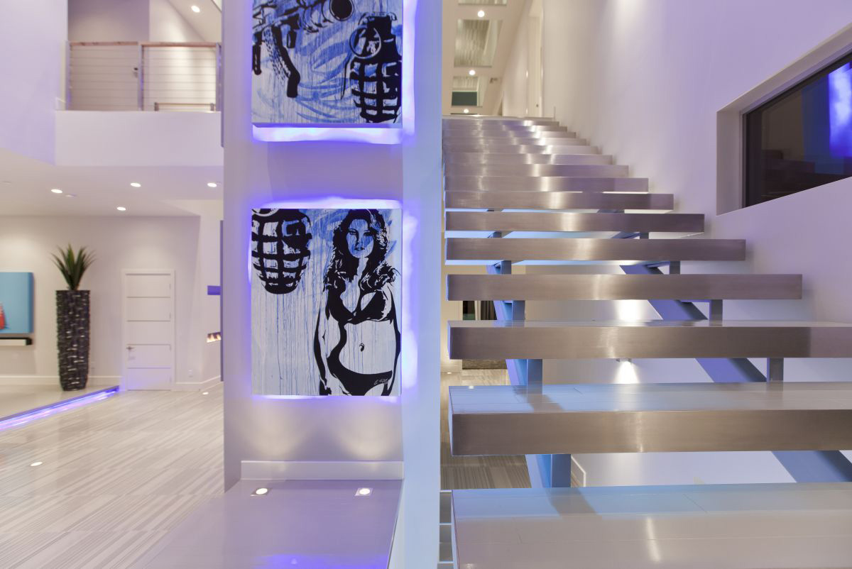 Art, Stairs, Hurtado Residence in Las Vegas by Mark Tracy of Chemical Spaces