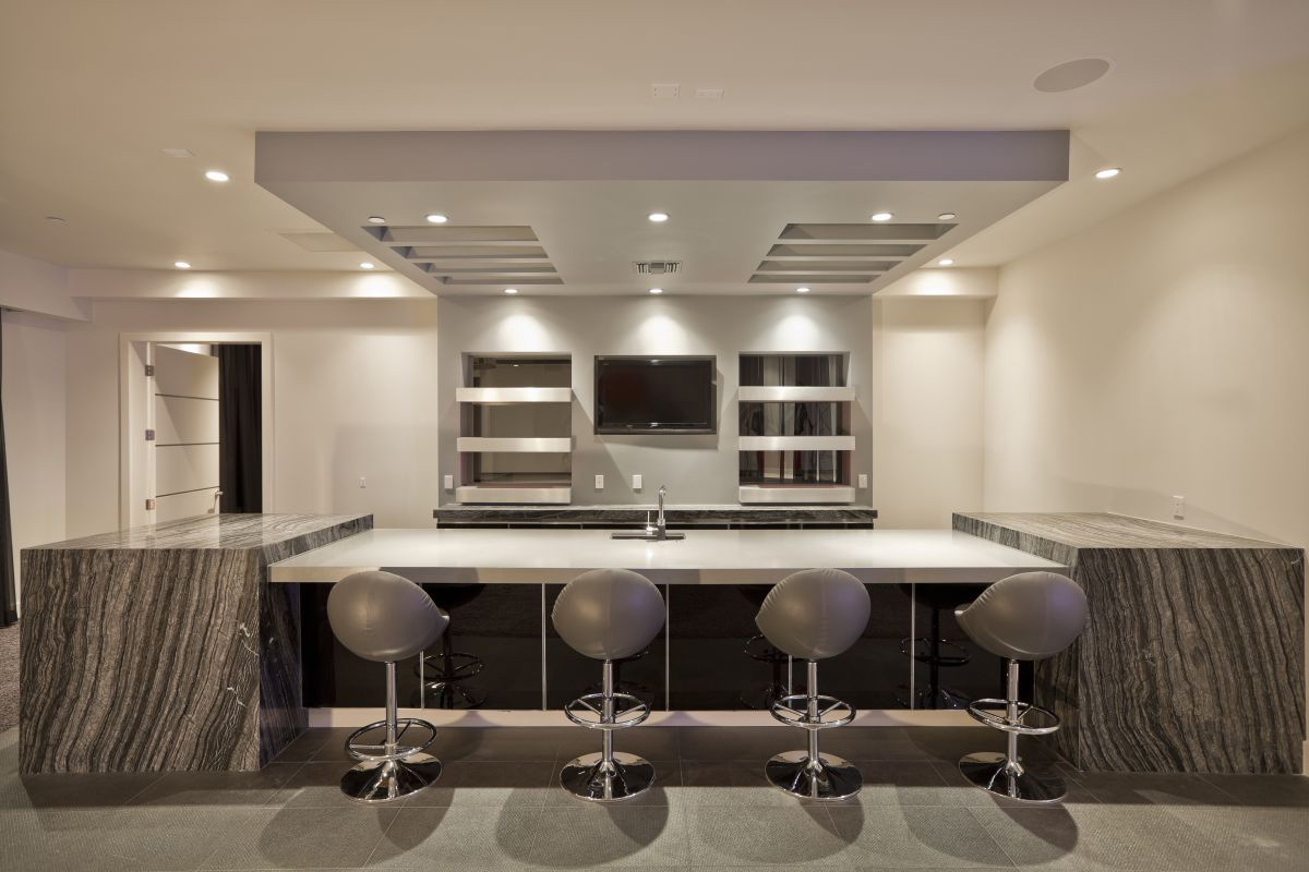 Bar, Hurtado Residence in Las Vegas by Mark Tracy of Chemical Spaces