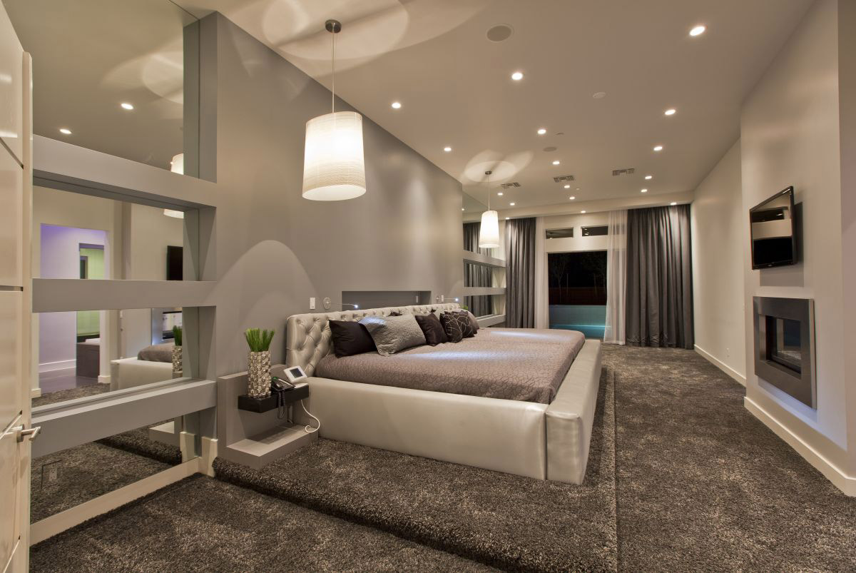 Bedroom, Thick Carpet, Hurtado Residence in Las Vegas by Mark Tracy of Chemical Spaces