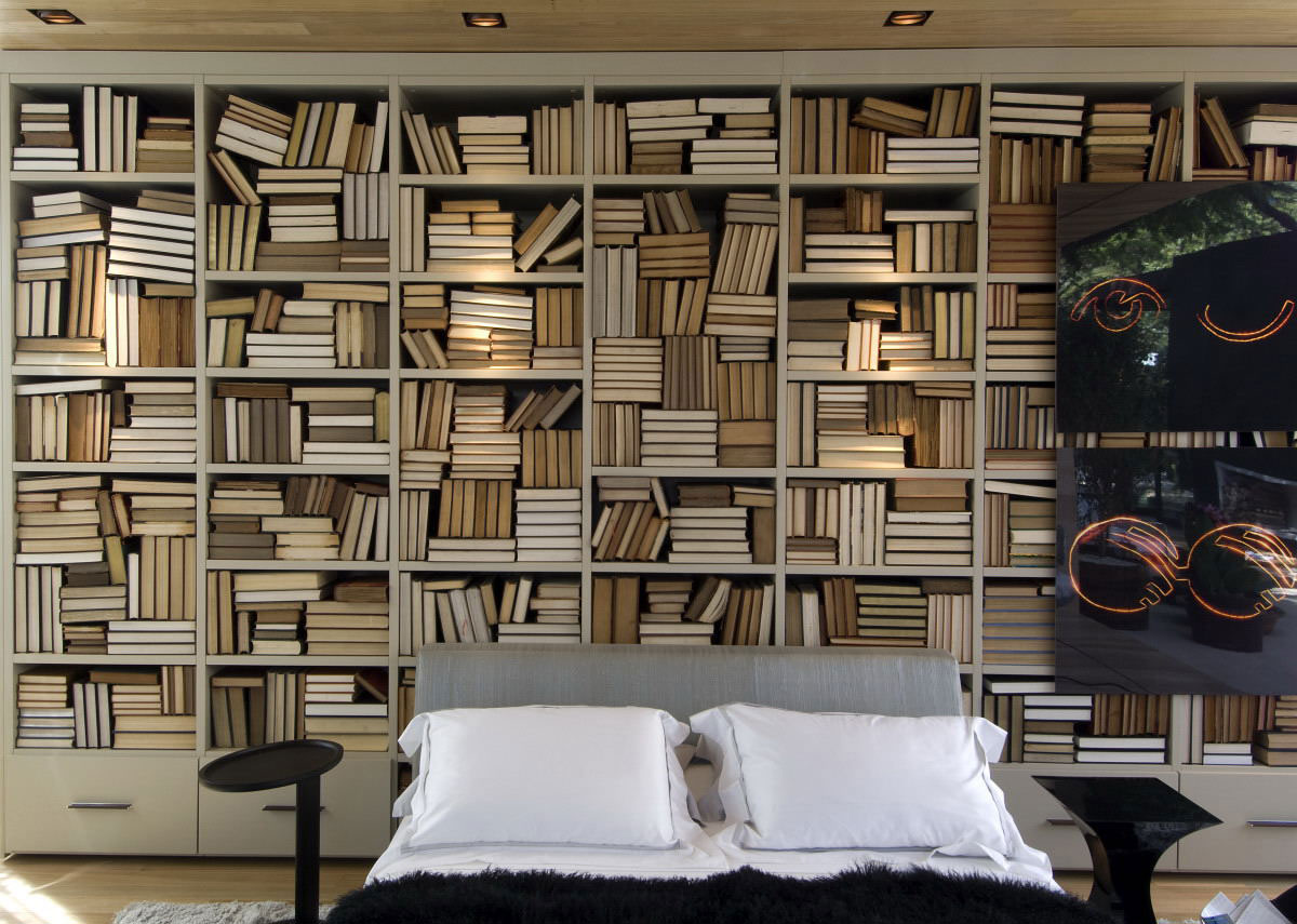 Bedroom, Bookshelf, Loft 24-7 in São Paulo, Brazil by Fernanda Marques Arquiteto Asociados