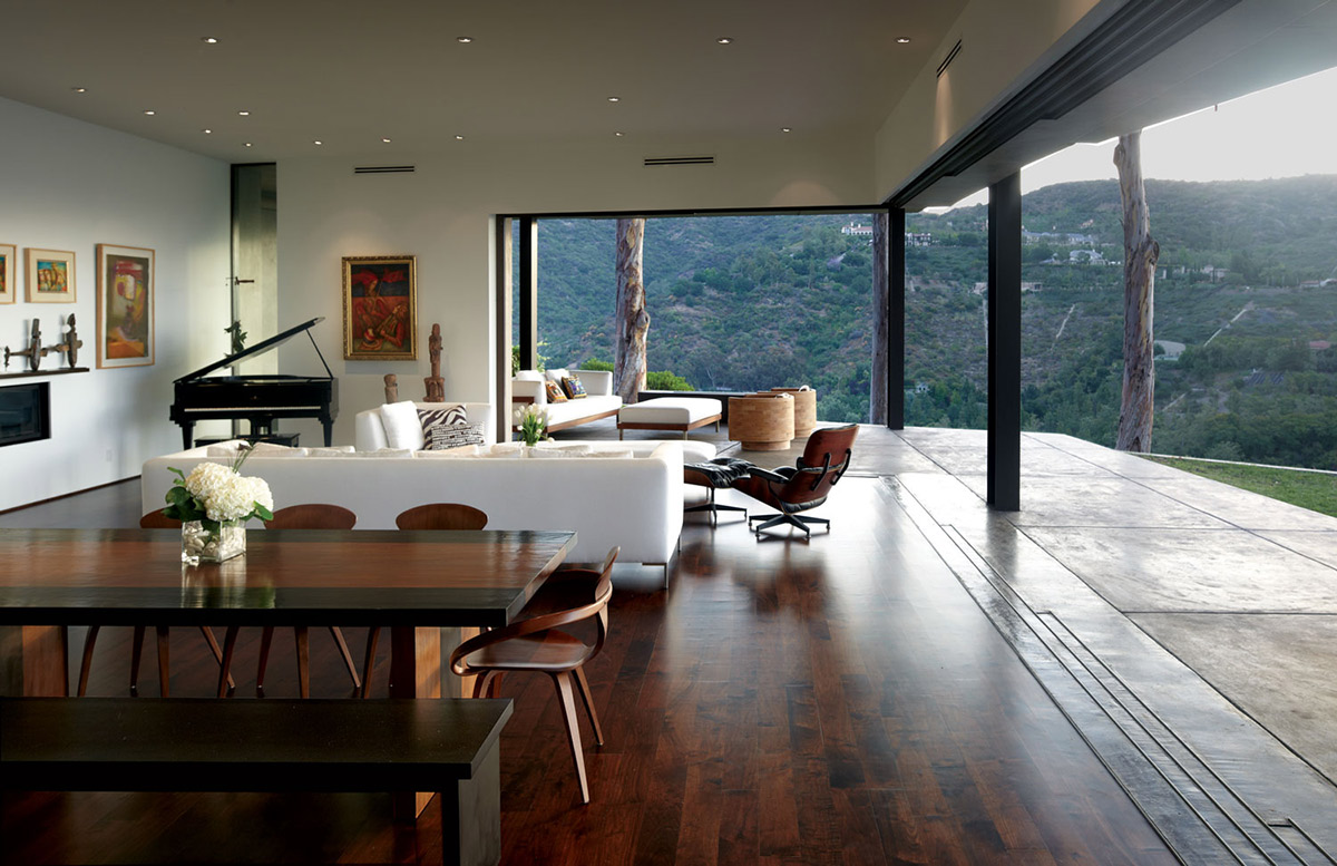 Dining Table, Wooden Flooring, Mandeville Canyon Residence in Los Angeles by Griffin Enright Architects