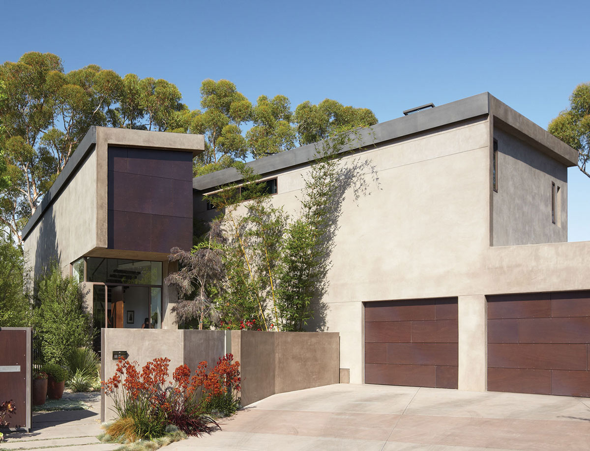 Entrance, Garages, Mandeville Canyon Residence in Los Angeles by Griffin Enright Architects