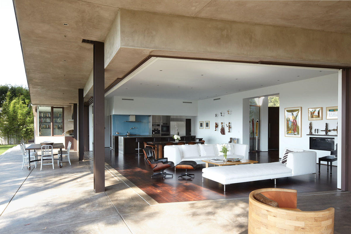Open Plan Living, Mandeville Canyon Residence in Los Angeles by Griffin Enright Architects