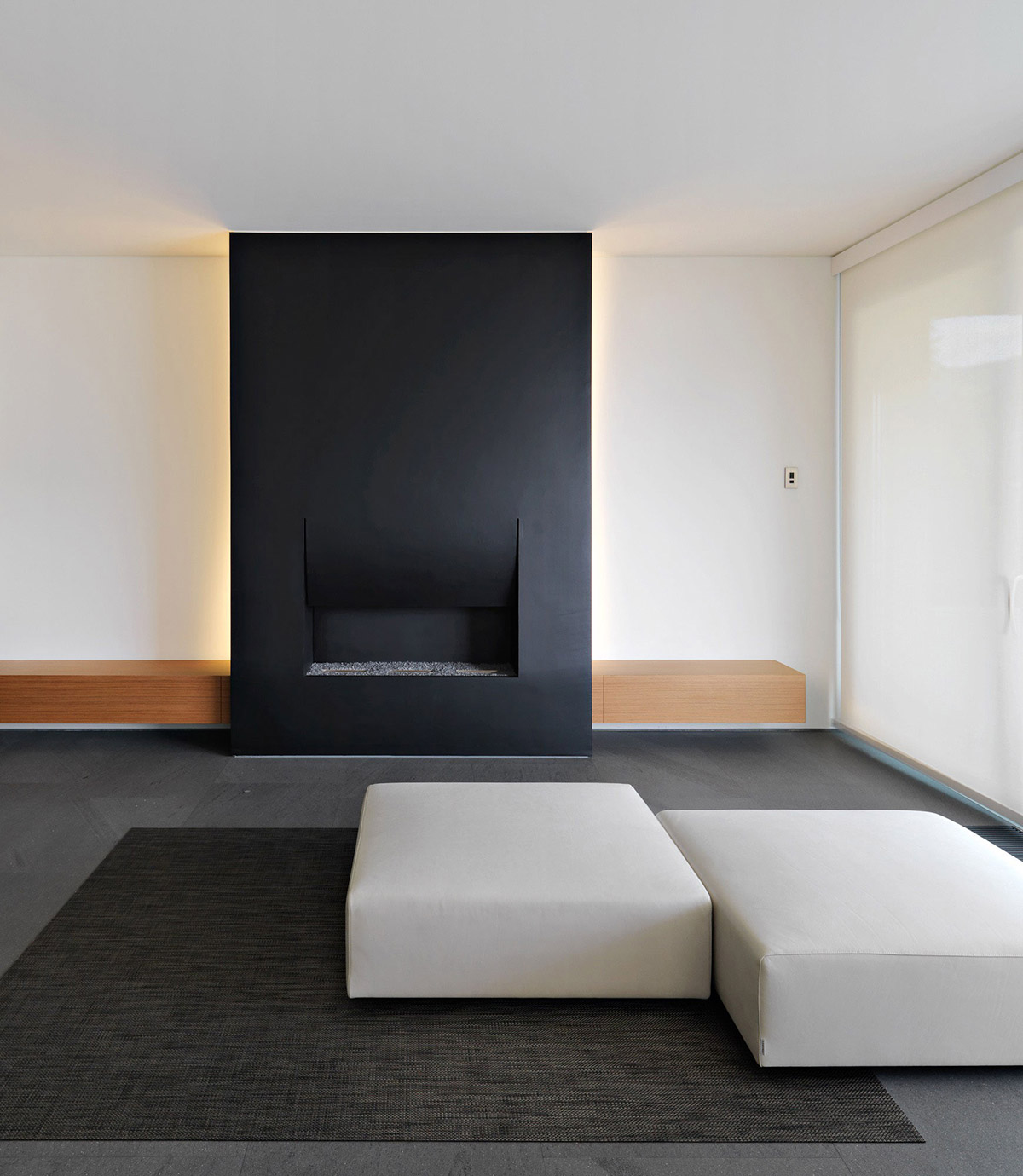Minimalist home in lugano switzerland by victor vasilev for Minimalist wall