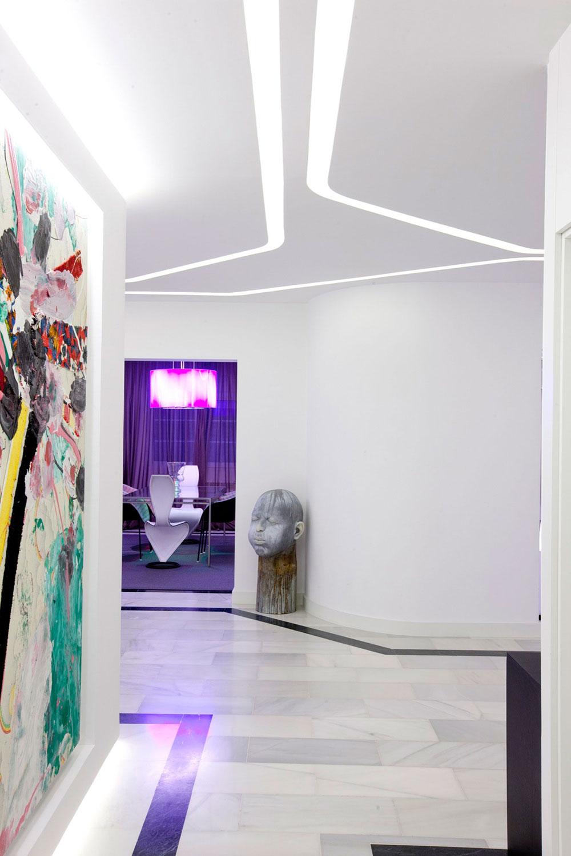 Hallway, Art, Modern Apartment in Madrid Designed by IlmioDesign