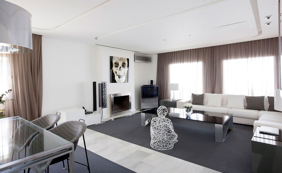 White Sofas, Art, Modern Apartment in Madrid Designed by IlmioDesign