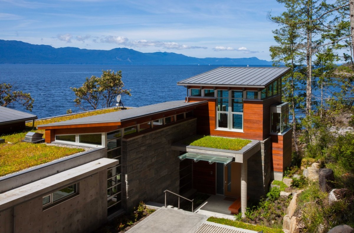 Entrance, Green Roof, Pender Harbour House in Pender Harbour, BC, Canada